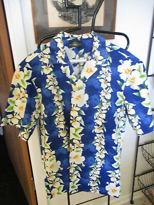 VINTAGE ROYAL CREATIONS HAWAIIAN SHIRT~SIZE M~ROYAL BLUE and WHITE FLOWERS