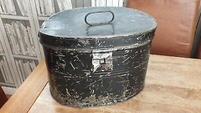 Vintage Old  Oval Top Hat Carry Tin Very Used Condition But Great Display Piece