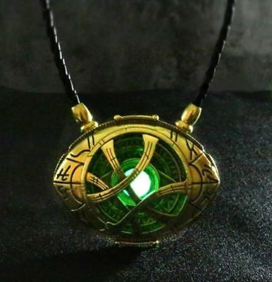 Dr Doctor Strange Eye of Agamotto Amulet Pendant Necklace GLOW In The DARK 7cm