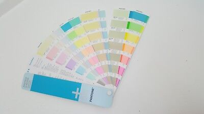 Farbfächer Fächer Pantone PASTELS & NEONS plus guide Coated & Uncoated wie neu