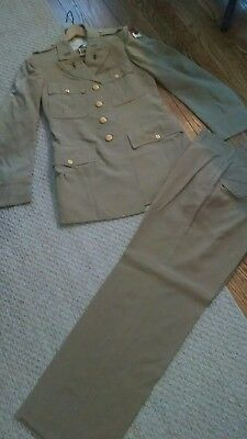 Military Officer Uniform Wwii With Metals