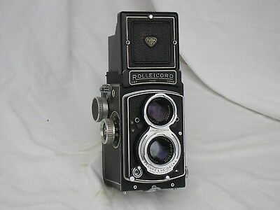 Rolleicord V, f/3.5, 1-1/500th,  case, all working, exc condition