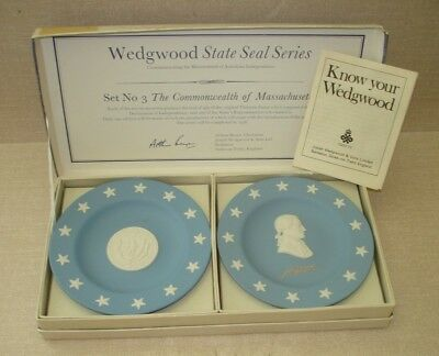 Vintage Wedgwood Blue/White Massachusetts State Seal Series Plates w/Box