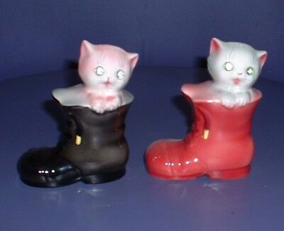 Vintage Sparkle Eyed Py Cats  In Boots Salt & Pepper Shakers ^..^ Cute