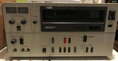 Sony Umatic VO-5600 PAIR with Tandem Controller