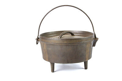 Vintage Cast Iron 3 Footed  Dutch Oven Marked:small '7' and large '8' On Lid!
