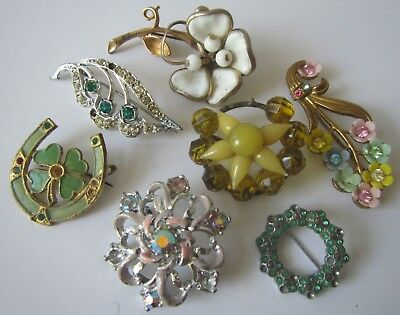 Vintage Job Lot of Jewellery Brooches - for spares or repair