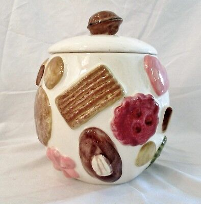 VINTAGE 1950s LOS ANGELES POTTERY COOKIES ALL OVER COOKIE JAR WITH WALNUT LID