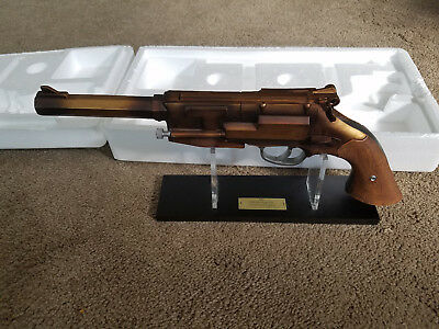QMX Malcolm Reynolds Metal Plated Pistol Official Replica Firefly Serenity
