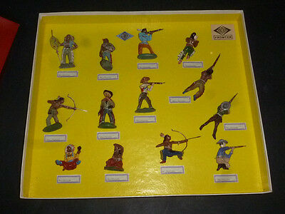 Alter Fröha Musterkarton Wild West Figuren 9 Indianer & 4 Cowboys in Box