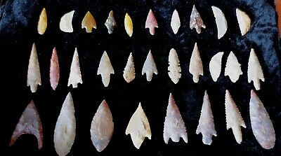 Rare 29 Neolithic gem arrow points Southern Niger, Africa   c 2500 BC