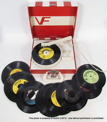 VINTAGE VANITY FAIR 45 RECORD PLAYER Red Stripe Case + 14 RECORDS WORKS!