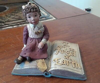 """Sarah's Attic """"Wings of Love"""" 1994 Figurine Limited Edition  #ed 109/1000"""