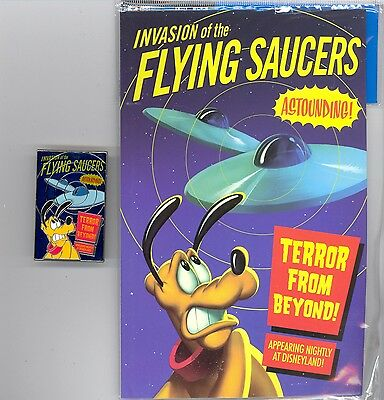 Disney Pluto in Invasion of the Flying Saucers B Movie Poster LE Pin & Card Set