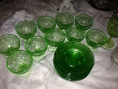 Horseshoe Green by INDIANA GLASS 10 Glasses 10 Saucers