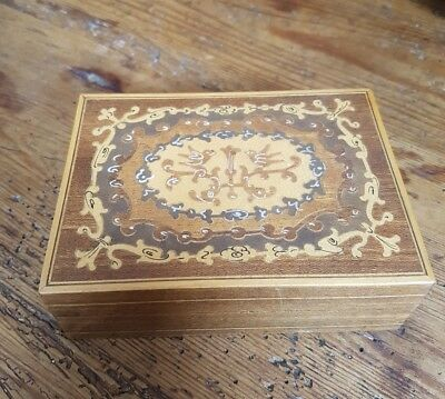 Nice Small Vintage Box - Inlay/Marquetry On The Lid