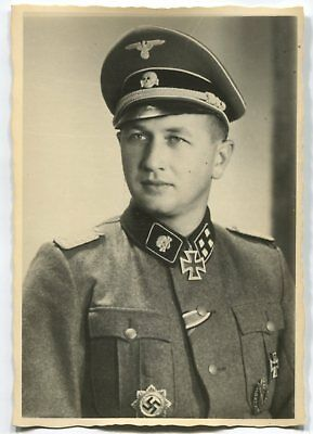German Wwii Photo From Archive: Elite Troops Officer With Knight's Cross, Name