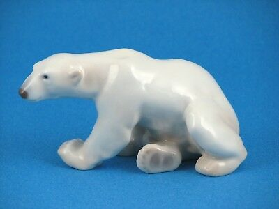 Polar Bear Sitting Figurine by B&G Bing and Grondahl (Denmark) #2217