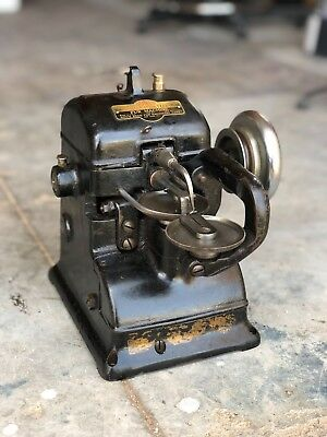 """The Bonis Brothers """"Never Stop"""" Vintage Fur Sewing Machine, Leather, Industrial"""