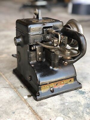 The Bonis Brothers Vintage Fur Sewing Machine, Leather, Glove, Industrial