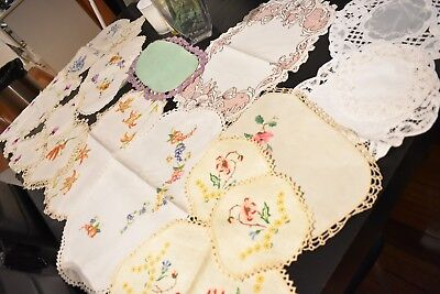 Vintage lot of 18 embroidered doilies, chinese willow, pairs, sets,tigerlily etc