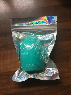 Kawaii Brush Cleaner