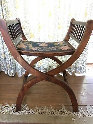 Beautiful antique mahogony piano  stool, two heights
