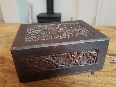 Nice Vintage Wooden Box With Carved Lid & Sides, Grapes & Leaves