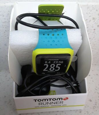 Tomtom runner cardio GPS watch, Sports/ Fitness Excellent Condition.