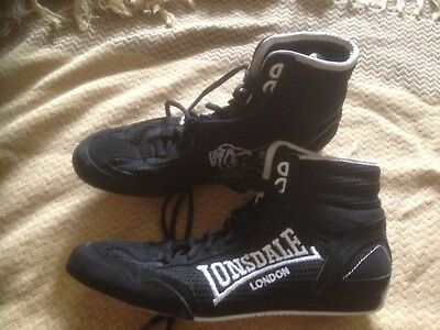 Lonsdale Size 6/39.6 Contender mid cut Boxing Boots, Laced Lightweight Shoes.
