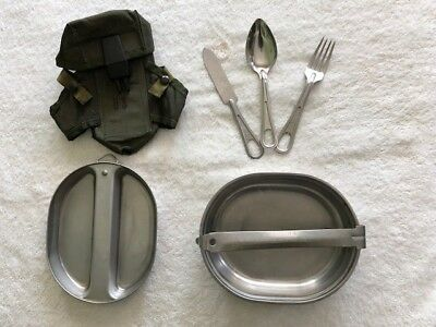 US Military Mess Kit with Ammo Pouch, Alice Clips included. All US Surplus.