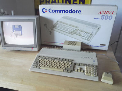Commodore AMIGA 500 - OVP - sealed + matching numbers !