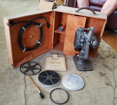 Vintage Revere Model 85 8 mm Film Projector and Case Clean and Good Working