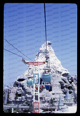 (22) Vintage 1967 35mm Slide Photo - DISNEYLAND - Matterhorn