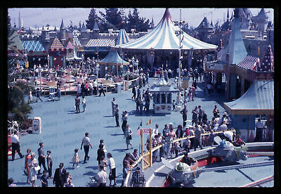 (37) Vintage 1963 35mm Slide Photo - DISNEYLAND - Fantasyland