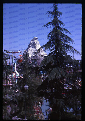 (38) Vintage 1963 35mm Slide Photo - DISNEYLAND - Matterhorn