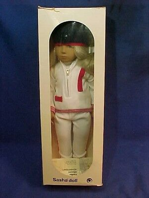 Orig MIB 1970s SASHA DOLL Blonde WINTER SPORT Made in ENGLAND by Trendon