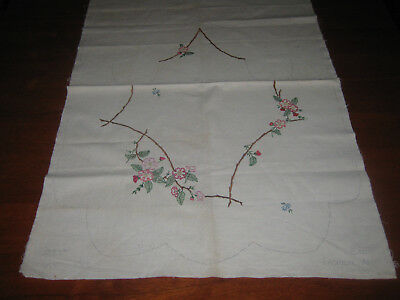 Vintage Full Apron Hand Embroidery To Be Completed ~ Semco Fashion Apron K'875