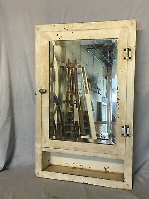 Vtg Industrial Metal Recessed Mount Old Medicine Cabinet Beveled Mirror 403-18E