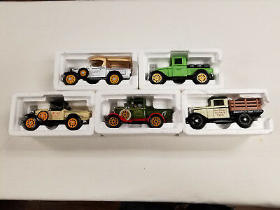 Vintage Trucks of Yesteryear Diecast National Museum Mint Lot of 5