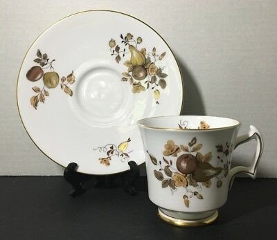 Vntg ROYAL CHELSEA Fine English Bone China— GOLDEN FRUIT Footed Tea Cup/Saucer