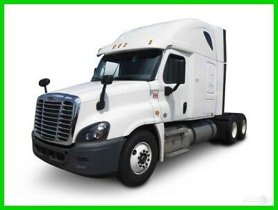 2015 Freightliner Cascadia Used