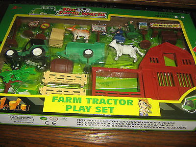 FARM TRACTOR PLAY SET No 2 - THE FARM WORLD SERIES - BOXED - 3+