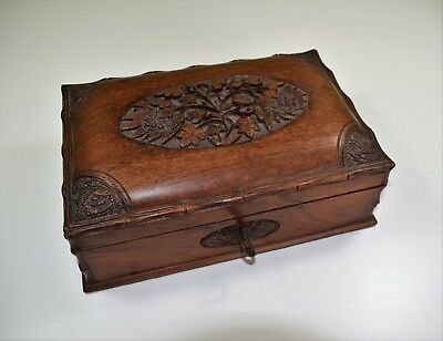 A fine large early to mid-20th Century teak cigar or trinket box.