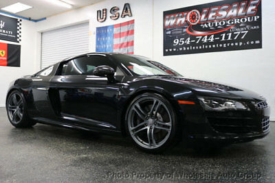 Audi R8 2dr Coupe Automatic quattro 5.2L LOADED. CARFAX CERTIFIED. BEST COLOR.  FULLY LOADED . . CALL 954-744-1177