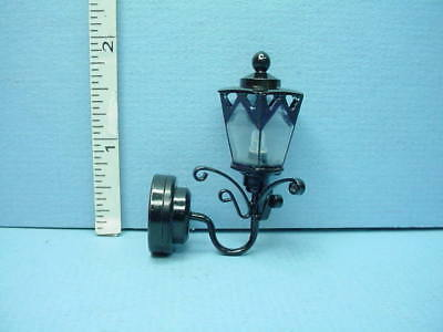MINIATURE DOLLHOUSE 1:12-BATTERY OPERATED 2-PIECE COPPER  COACH WALL LAMP New!