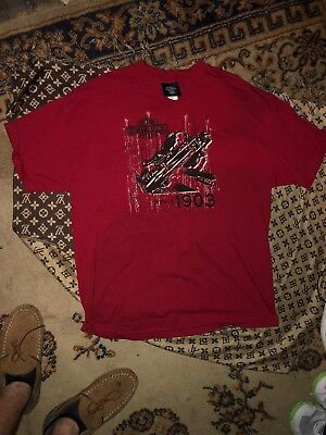 Harley Davidson Museum Mens Tshirt Size XL Extra Large Red Motorcycles