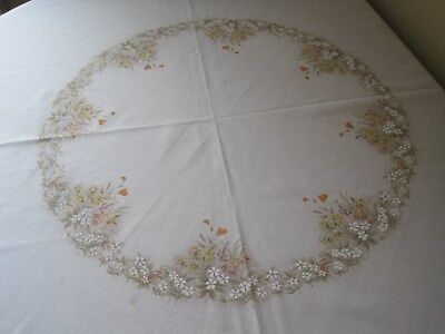 M&S Field Flowers Round Tablecloth and Napkins