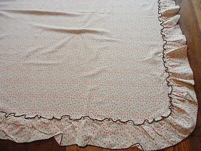 "Vintage 1970's Retro Gold & Orange Floral Tablecloth w/ Ruffled Edge 52""Square"