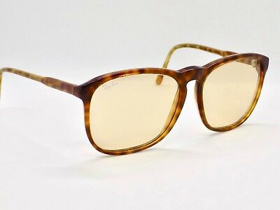 90's B&L Ray Ban Photochromic Traditionals Style E Oversize  + Case